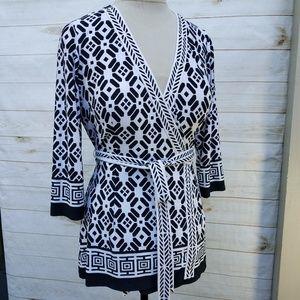 Boston Proper knit wrap tunic black/white geo